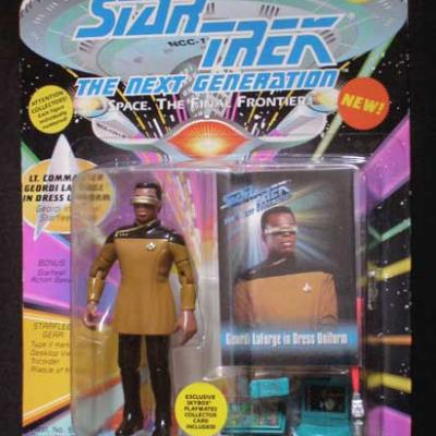 Lt. Commander Geordi LA FORGE en Grand Uniforme